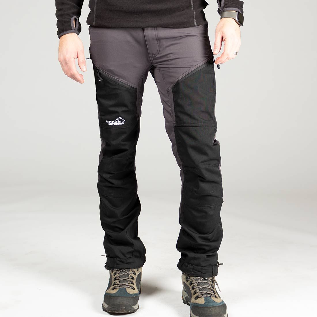 6b510d0d5b2 NYHED: Rough Pants Dark Grå/sort Men - Arrak Outdoor - Hirtshals  Hundepension v/Jan Sørensen